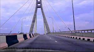 Suicide: Man plunges into Lagos Lagoon from Lekki-Ikoyi Link Bridge