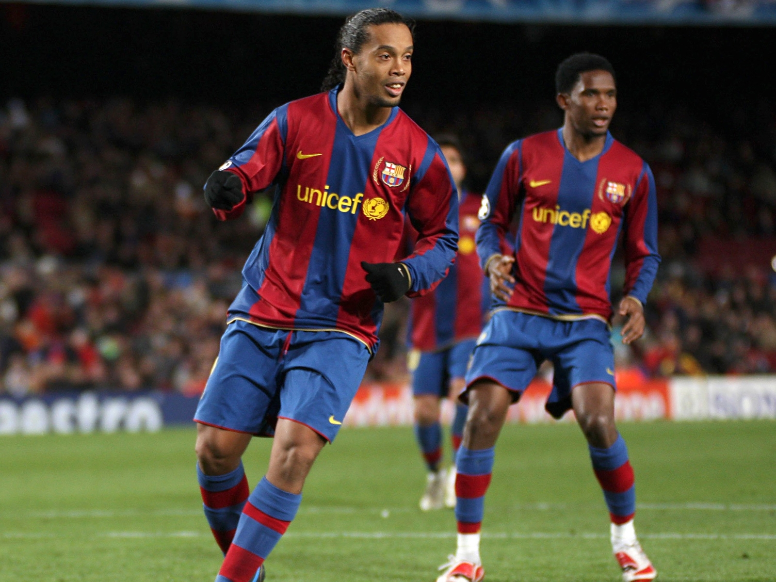 Samuel Eto'o and Ronaldinho