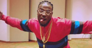 Fans dig up old tweet of Peruzzi in which he 'seemingly endorsed rape'.