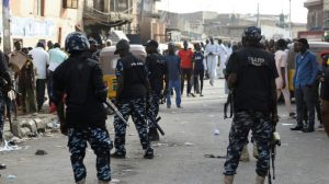 Ogun: SARS arrests six suspected armed robbers in military camouflage