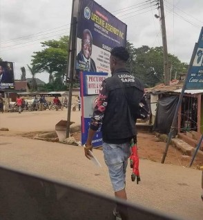SARS Officer in operation