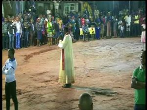 Protests: Catholic priest mobilises youths to clean-up Onitsha; calls for calm