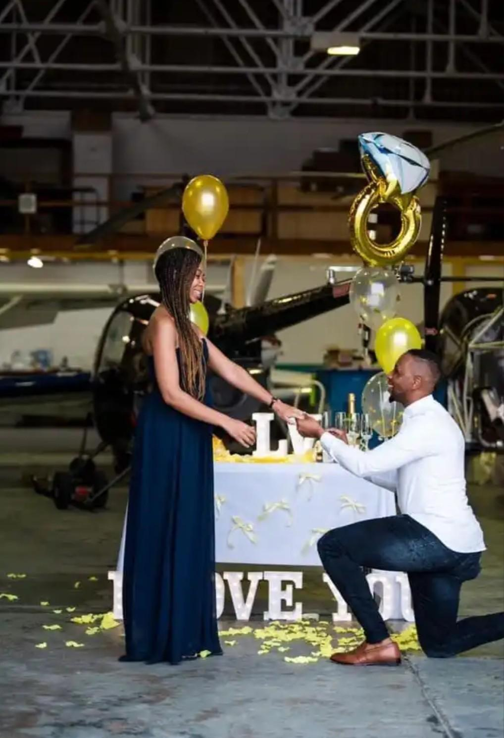 The man took his girlfriend on a helicopter ride to propose to her