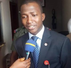 Alleged PHCN Fraud: Jonathan's Minister Arrested by EFCC, to be Arraigned Today in Abuja